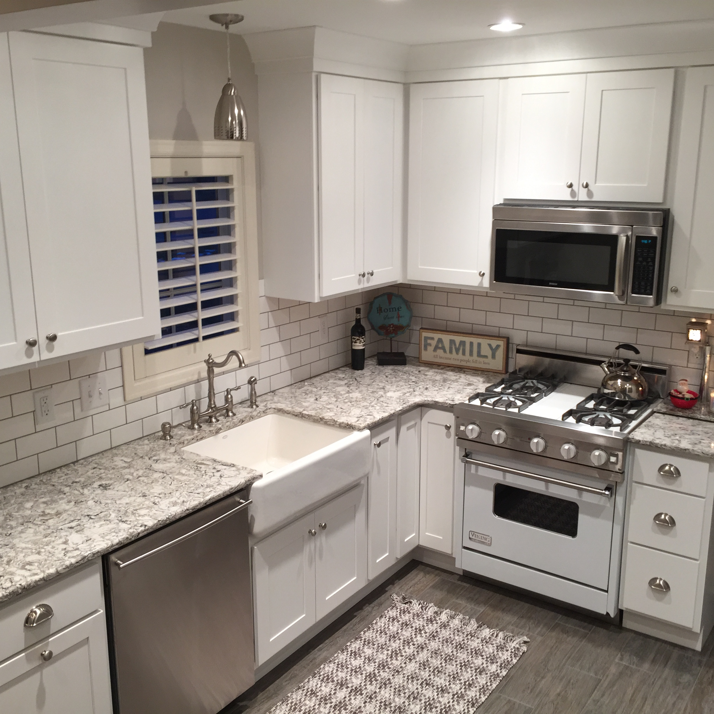 Small Kitchen Tile Countertop