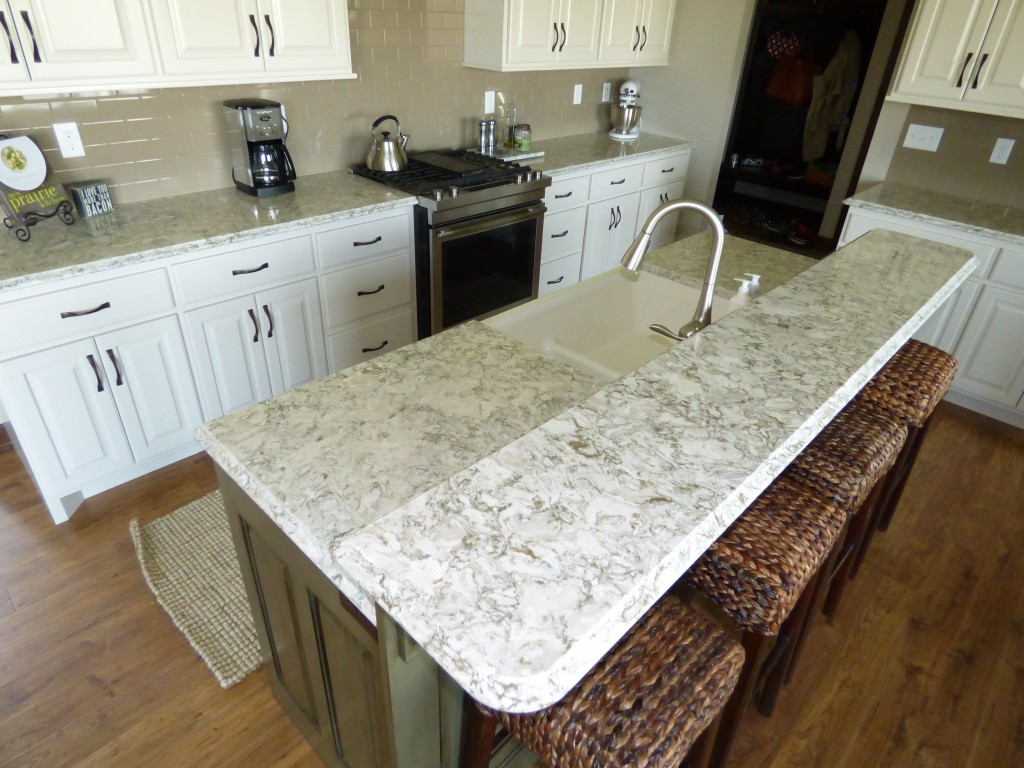 Kitchen Island Dark Countertop