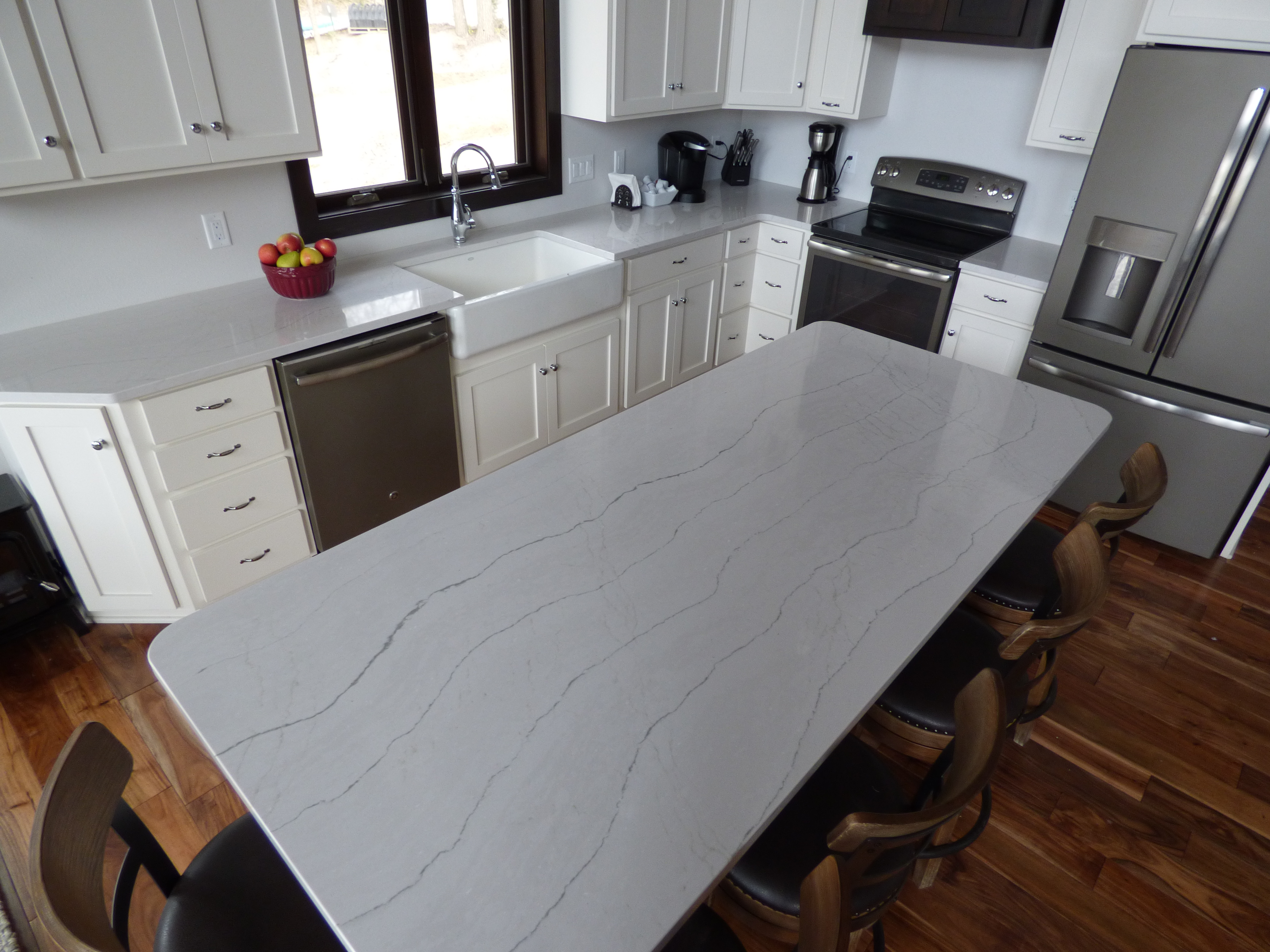 White Quartz Countertops Creative Surfaces Blog